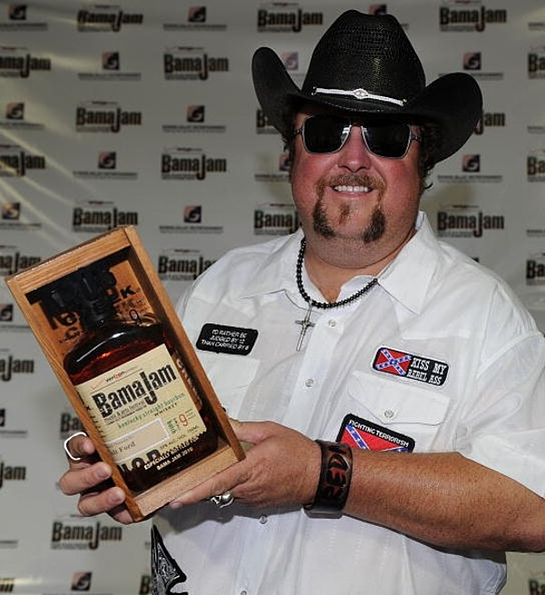 Colt Ford Thinks His Wife S The Winner Video