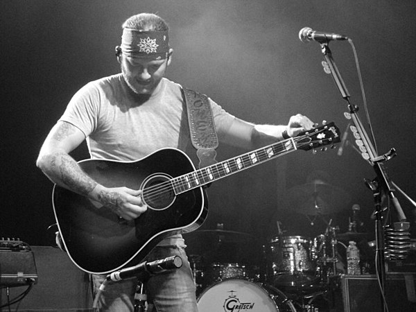 Stoney larue tour dates in Brisbane
